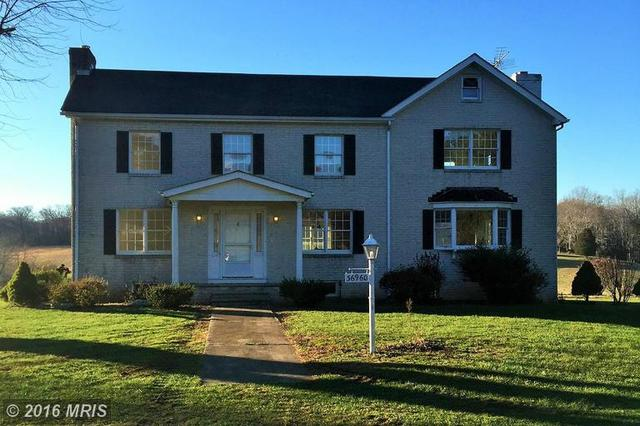 36960 Lakeview Farm Ln, Purcellville, VA 20132