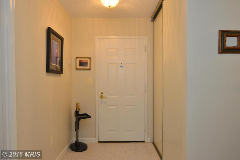 19385 Cypress Ridge Terrace #219, Leesburg, VA 20176