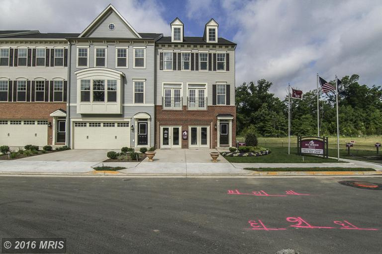 25313 Wakestone Park Terrace, Chantilly, VA 20152
