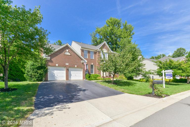 47229 Middle Bluff Place, Sterling, VA 20165