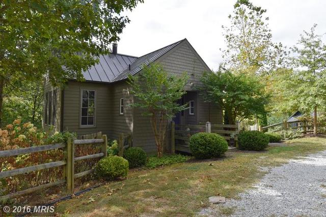 13487 Midlands Farm Ln, Lovettsville, VA 20180