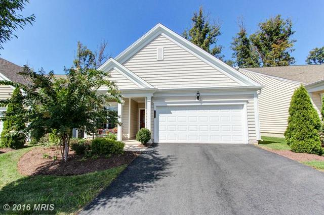 44356 Cruden Bay Dr, Ashburn, VA 20147