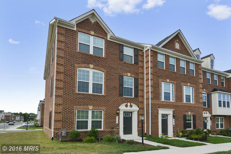 25695 Clairmont Manor Sq, Aldie, VA 20105