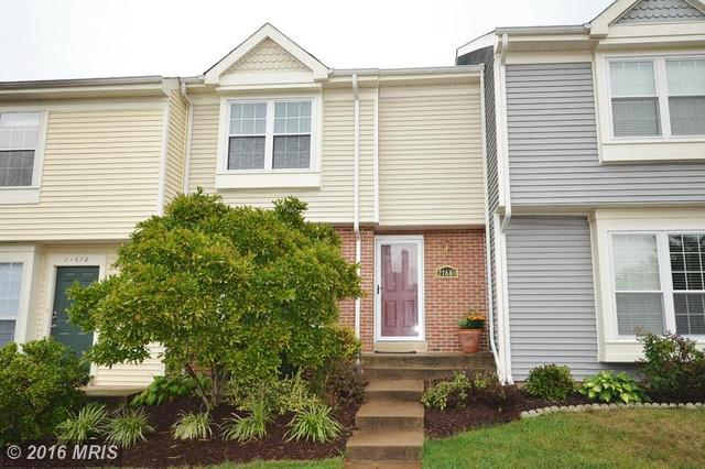 21680 Hazelnut Sq, Sterling, VA 20164