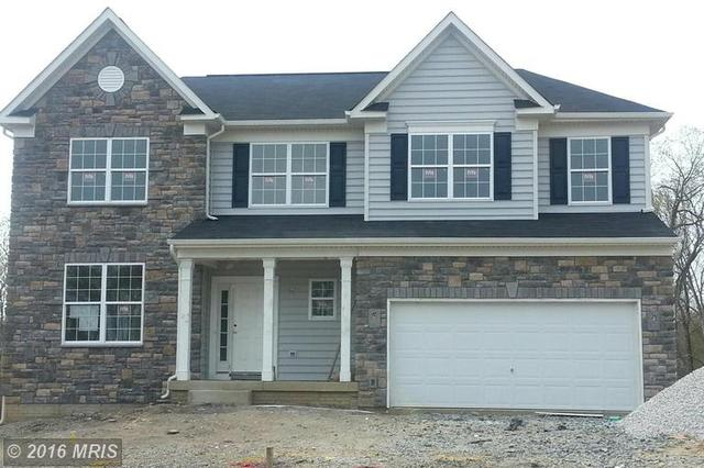 17087 Greenwood Dr, Round Hill, VA 20141