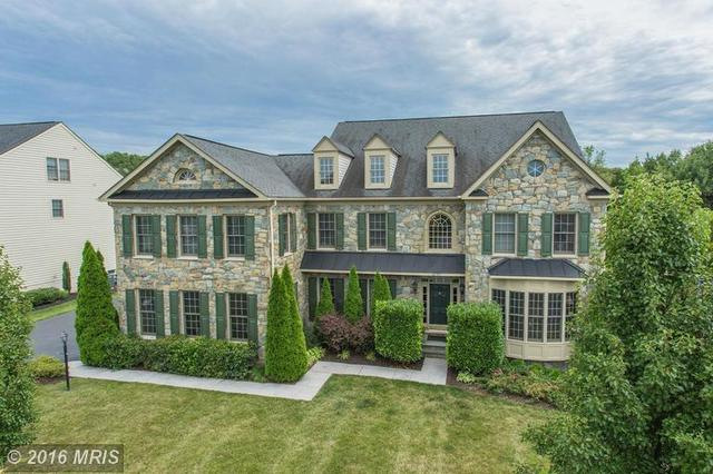 42709 Red Shale Ct, Ashburn, VA 20148