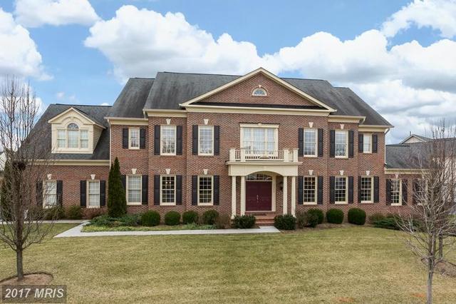 21994 Auction Barn Dr, Ashburn, VA 20148