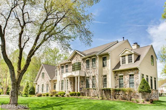 11119 Fawsett Rd, Potomac, MD