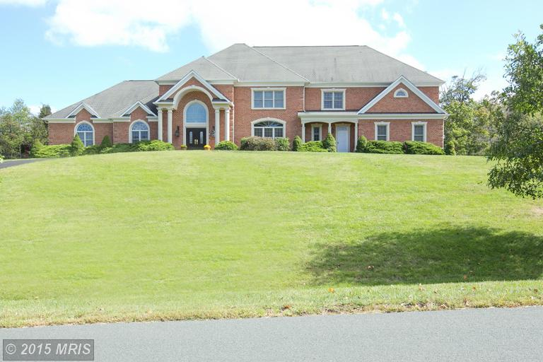 12713 Greenbriar Rd, Potomac, MD
