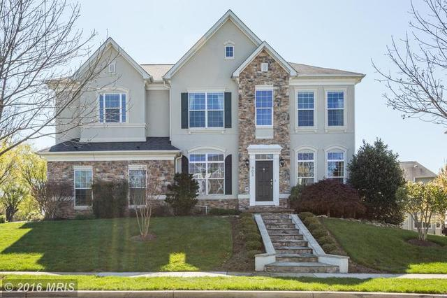 302 Autumn Wind Way, Rockville MD 20850