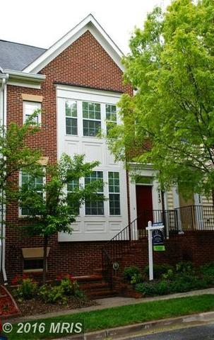 713 Garden View Way, Rockville MD 20850
