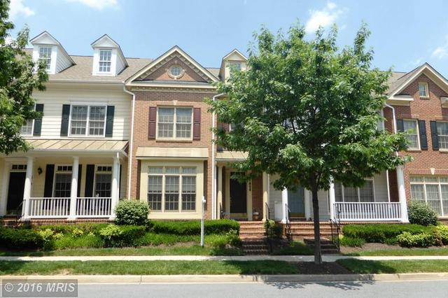 808 Oak Knoll Ter Rockville, MD 20850