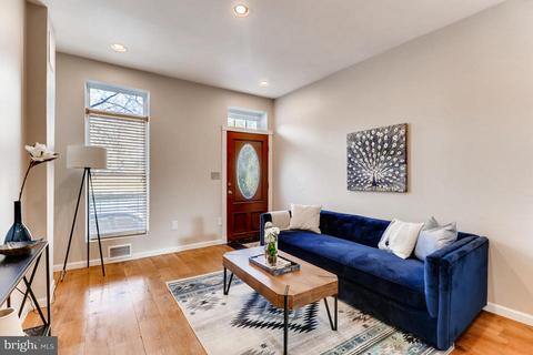 Excellent Canton Baltimore Md 4 Bedroom Houses For Sale Movoto Home Interior And Landscaping Ferensignezvosmurscom