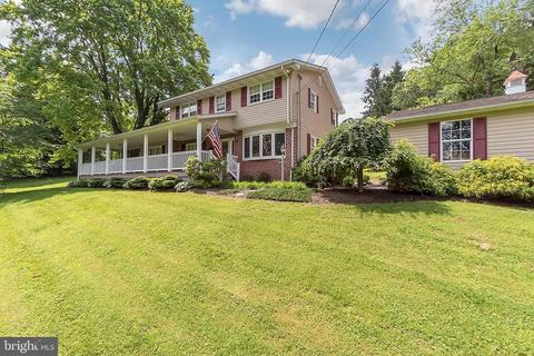 Outstanding 2036 Carrollton Rd Finksburg Md 21048 66 Photos Mls Mdcr188488 Movoto Home Interior And Landscaping Synyenasavecom