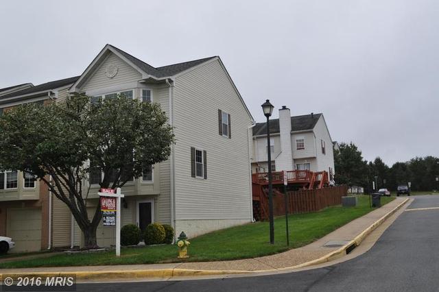 9217 Andrew Dr, Manassas Park, VA 20111