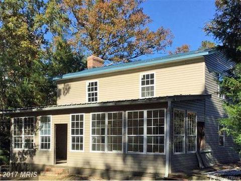 1654 Farley Park Rd, Church View, VA 23032
