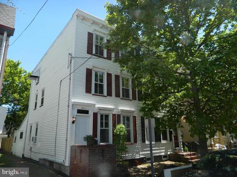 311 Prince St, Bordentown, NJ 08505