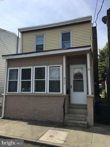 830 Little Somerset St, Gloucester City, NJ 08030