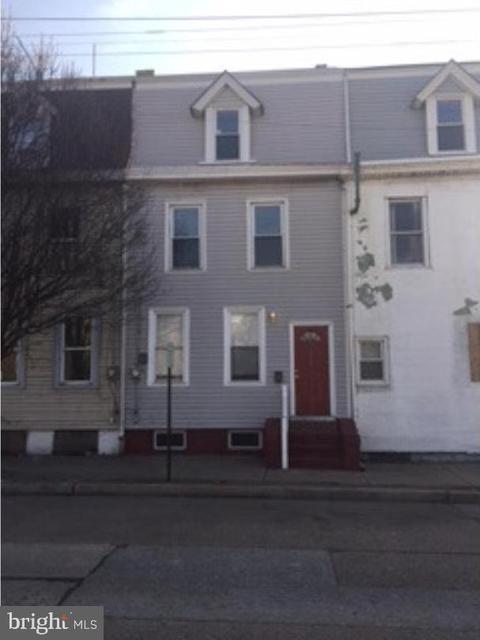 220 N King St, Gloucester City, NJ 08030