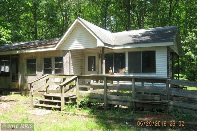 123 Hampton Pl, Heathsville, VA 22473