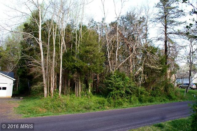 403 Harrison Cir, Locust Grove, VA 22508