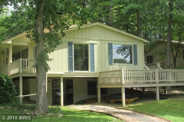 104 Castle Hill Ct, Locust Grove, VA 22508