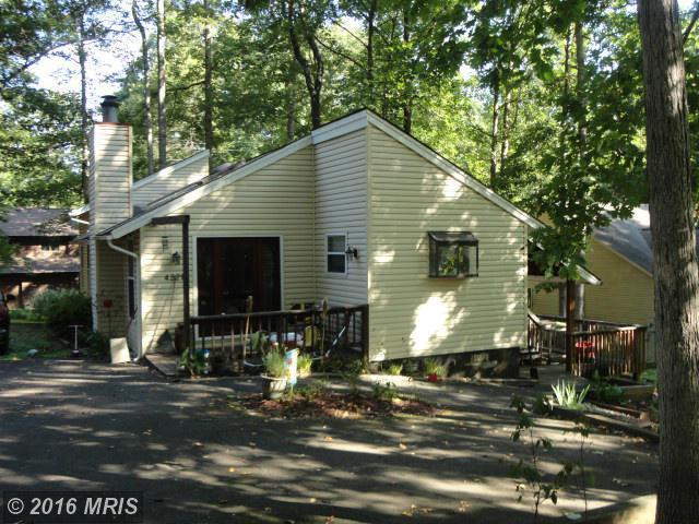 4221 Lakeview Pkwy, Locust Grove, VA 22508