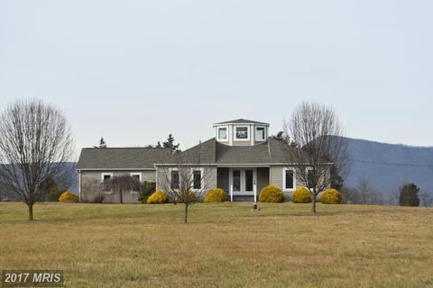 1050 Parkview Estates Rd, Luray, VA 22835