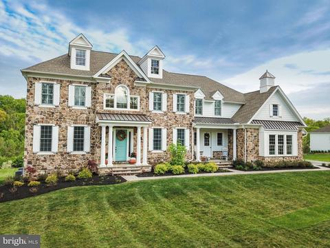 Excellent 3912 White Stone Rd Newtown Square Pa 19073 Home Interior And Landscaping Pimpapssignezvosmurscom