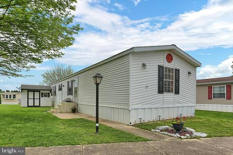 29 Arrowhead Dr, Ephrata, PA (32 Photos) MLS# PALA131478