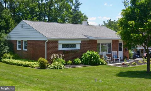 Wondrous 208 Hilltop Rd Plymouth Meeting Pa 19462 Beutiful Home Inspiration Ommitmahrainfo