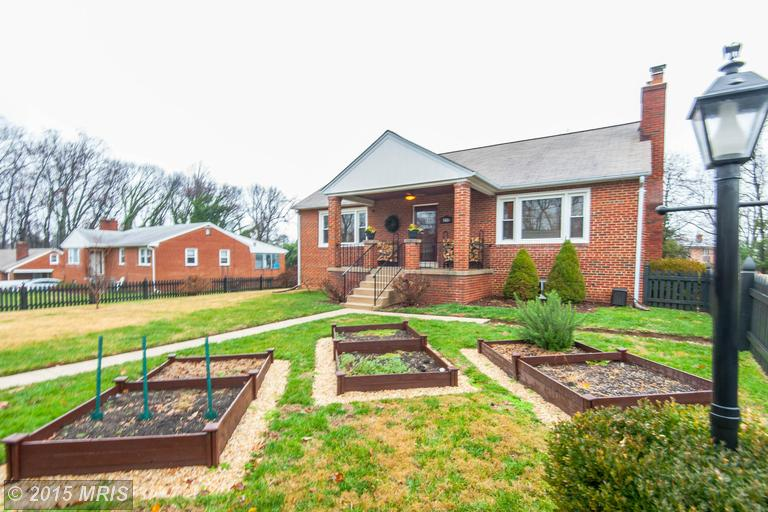5416 Fisher Dr, Temple Hills, MD