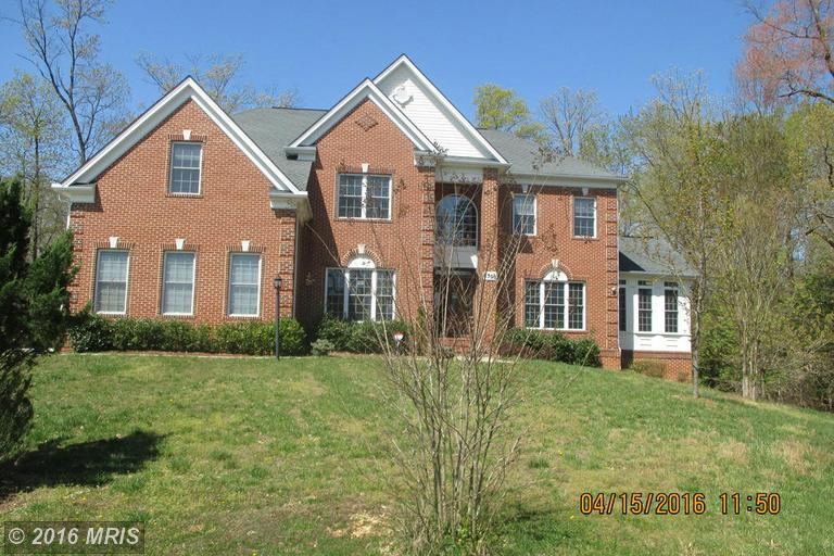 8300 Cedarview Ct, Clinton, MD