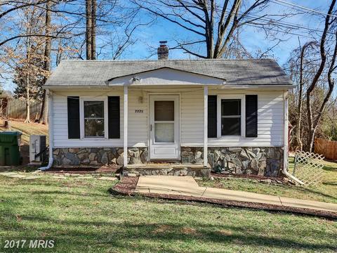 7771 Oak St, Manassas, VA 20111