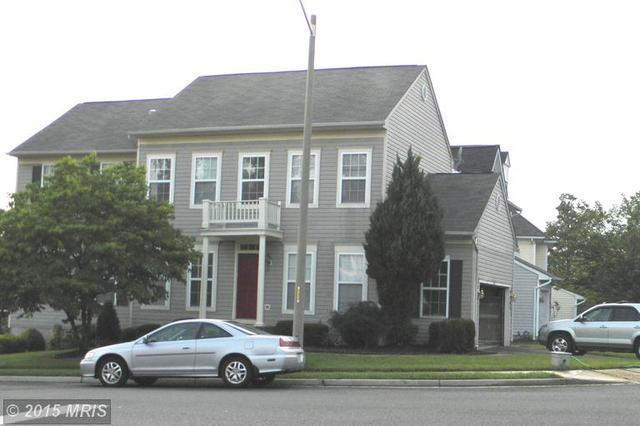 9203 Greenshire Dr, Manassas, VA 20111