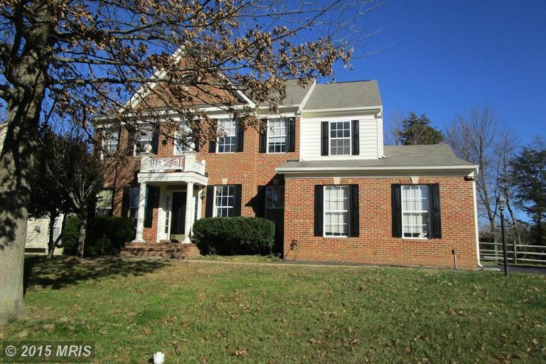 7707 Virginia Oaks Dr, Gainesville, VA