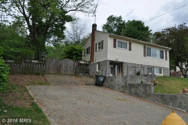 13434 Greenacre Dr, Woodbridge, VA