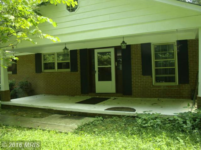 11421 Bacon Race Rd, Woodbridge, VA 22192