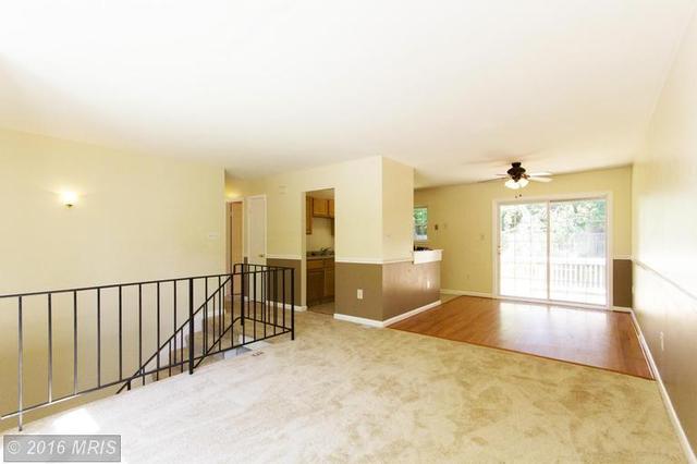 5650 Smallwood Ct, Woodbridge, VA 22193