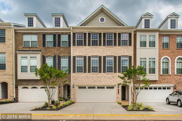 8013 Turtle Creek Cir, Gainesville, VA 20155