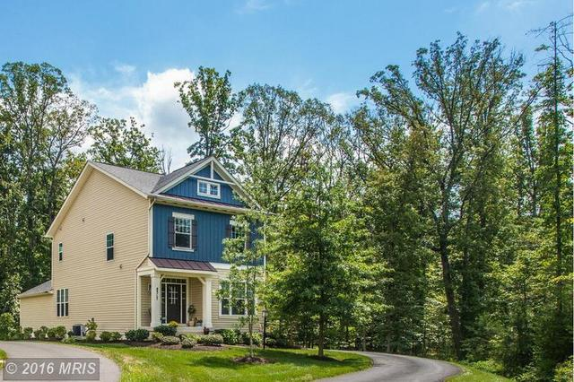 8317 Collier Ln, Gainesville, VA 20155