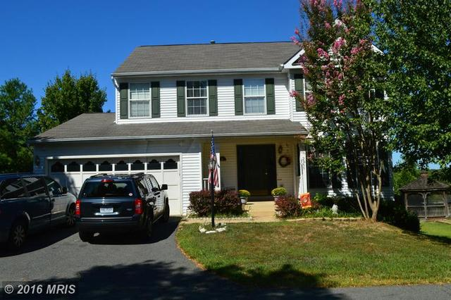 2953 Hickory Creek Ct, Dumfries, VA 22026