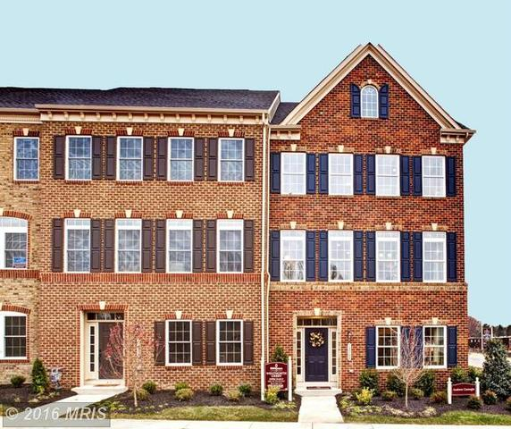7088 Darbey Knoll Dr, Gainesville, VA 20155
