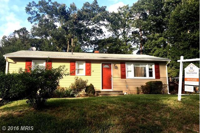 4116 Anderson Rd, Triangle, VA 22172