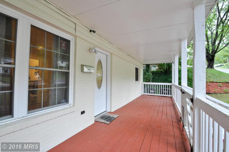 3520 Forestdale Avenue, Woodbridge, VA 22193