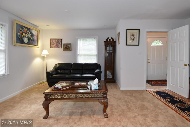 9446 Petterson Lane, Manassas, VA 20112