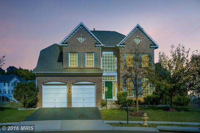 8604 Wales Ct, Gainesville, VA 20155