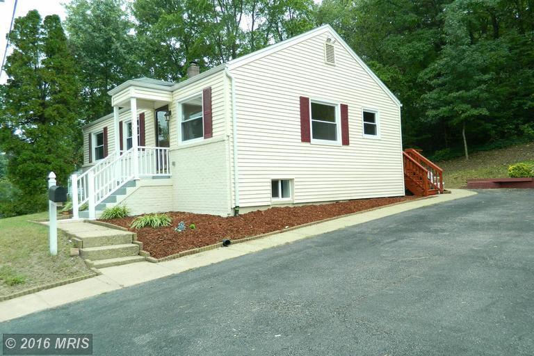15908 Donald Curtis Drive, Woodbridge, VA 22191