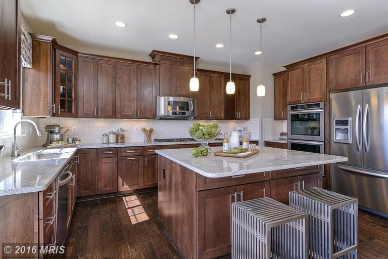 16609 Danridge Manor Drive, Woodbridge, VA 22191