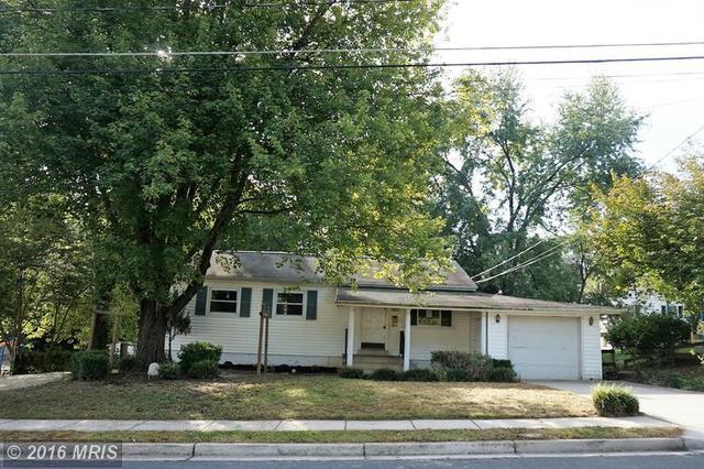 1421 Indiana Ave, Woodbridge, VA 22191